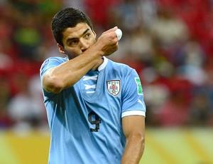 Luis Suarez gol Uruguai jogo Taiti (Foto: AFP)