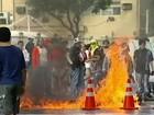 Estudantes interditam avenidas de Vitória contra aumento de passagem