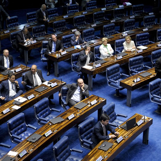Senadores acompanham sessão do julgamento do processo de impeachment da presidente afastada Dilma Rousseff por suposto crime de responsabilidade (Foto: Pedro França/Agência Senado)