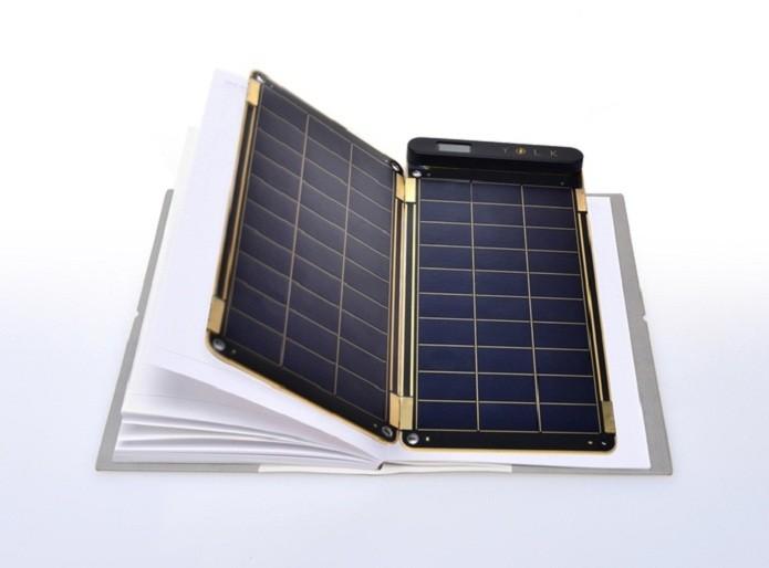 Empresa americana cria o mais fino e leve carregador solar do mundo (Foto: Divulgação/Kickstarter)