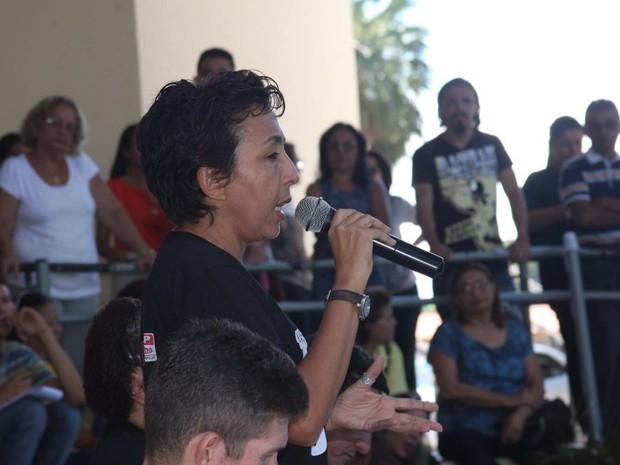 Presidente do ADCESP reclamou da  falta de negociações com o governo (Foto: Aniele Brandão)