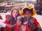 Paolla Oliveira posa em Machu Picchu depois de gravação