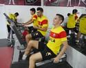 À espera de três reforços, elenco do Vitória treina na academia da Toca