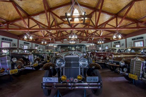 Os centenários carros de Og (Foto: Rogério Albuquerque)