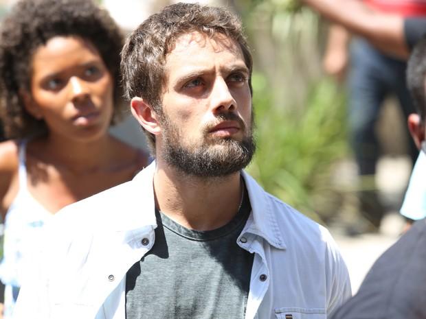 Vicente também fica surpreso (Foto: Carol Caminha/ Gshow)