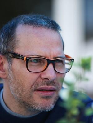 Jacques Villeneuve aposta em vantagem de Alonso sobre Kimi, mas aposta em vitória da Mercedes na Malásia