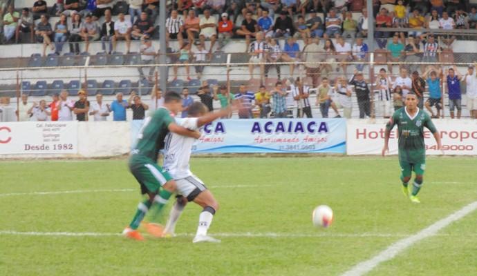 Com a derrota, Social perdeu a invencibilidade em casa e pode cair na tabela de classificação (Foto: Wilkson Tarres/Globoesporte.com)