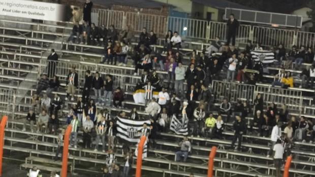 Torcida; Atlético-MG: Estádio do Vale; Novo Hamburgo (Foto: Marco Antônio Astoni / Globoesporte.com)