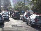 Polícia Militar cerca casa invadida e prende suspeitos após negociação