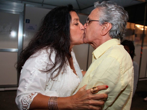 Regina Casé e Caetano Veloso (Foto: Joá Souza/Agecom)