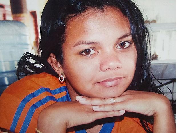 Patrícia sentiu dores e morreu em cirurgia de emergência para retirar bebê morto (Foto: Arquivo Pessoal)