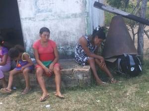 Grávidas aguardaram outro avião para buscá-las e levá-las a Boa Vista (Foto: Arquivo pessoal/ Marilia Pereira)