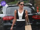 Look do dia: Mariana Rios usa vestido preto e branco e rasteirinha