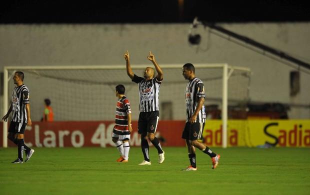 botafogo-pb x santa cruz (Foto: Aldo Carneiro / Pernambuco Press)
