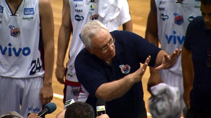 Lula Ferreira, técnico do Franca (Foto: Sérgio Oliveira/EPTV)