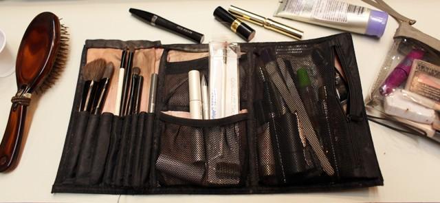 Ítens de maquiagem da apresentadora Vanessa Faro (Foto: Priscila Martinez)