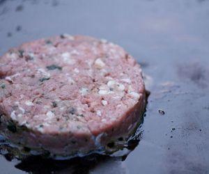 Aprenda a fazer hambúrguer de carne de cordeiro