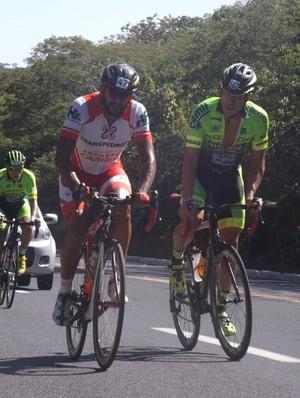 Muita disposição para percorrer os mais de 100 km de percurso (Foto: Associação de Ciclismo Velho Chico/Divulgação)