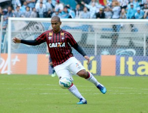 Walter contra o Grêmio