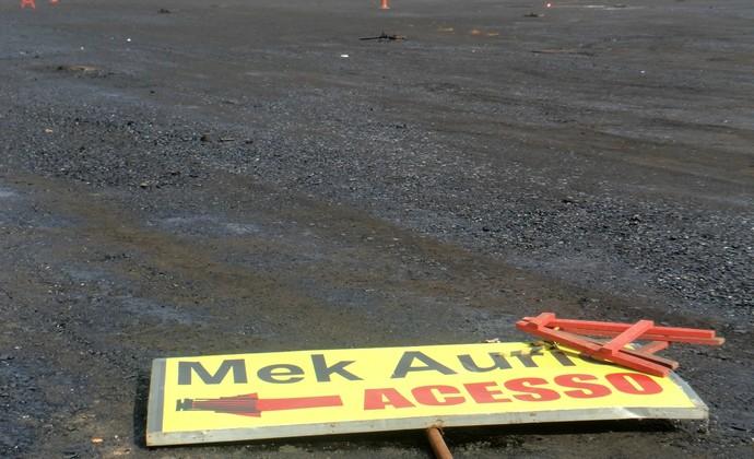 Mek Aurio asfaltamento porto alegre copa do mundo (Foto: Paula Menezes/GloboEsporte.com)