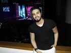 Luan Santana, Tiago Iorc e outros famosos vão a entrega de prêmio