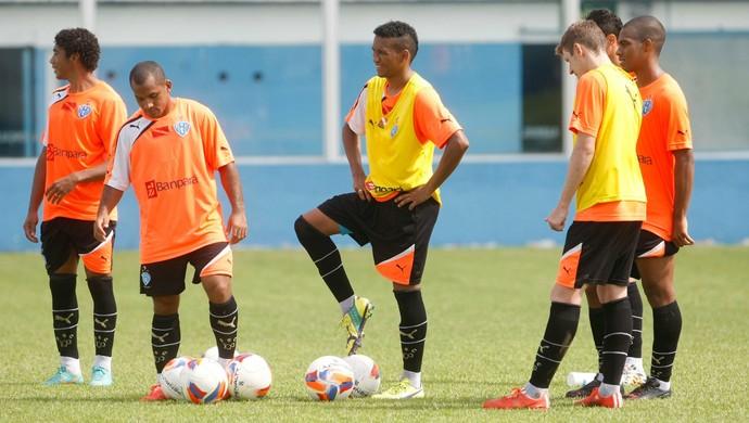 Misael, Edinho, Jhonnatan, Aylon, Carlinhos no Paysandu (Foto: Tarso Sarraf/O Liberal)