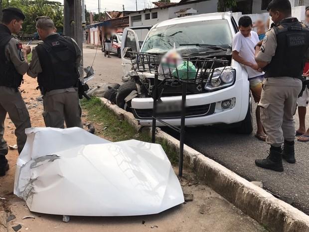 Cliente havia deixado veículo para fazer pequeno reparo na pintura, disse motorista (Foto: Walter Paparazzo/G1)