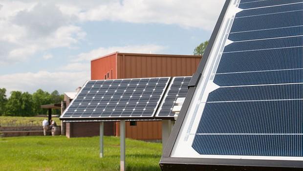 Painéis solares nos Estados Unidos (Foto: Divulgação/Departamento de Agricultura dos EUA)