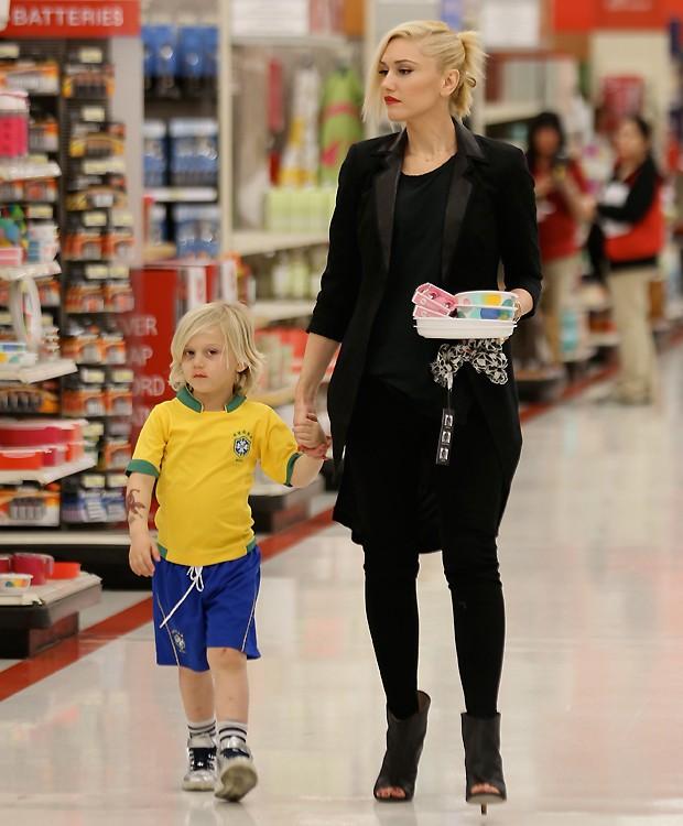Gwen Stefani e Zuma (Foto: SPlash News)