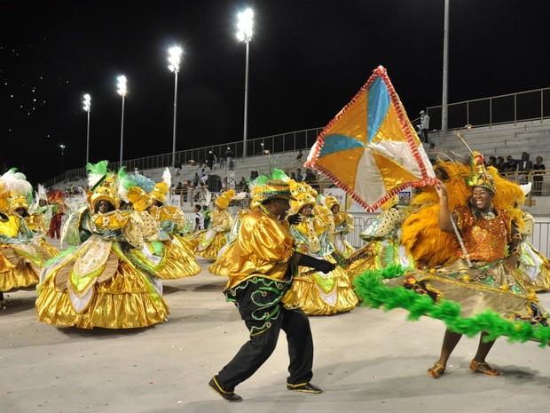 Amigos da Farra leva muitas cores e emoção ao Carnaval de Campos, RJ (Foto: Divulgação/ Secom)