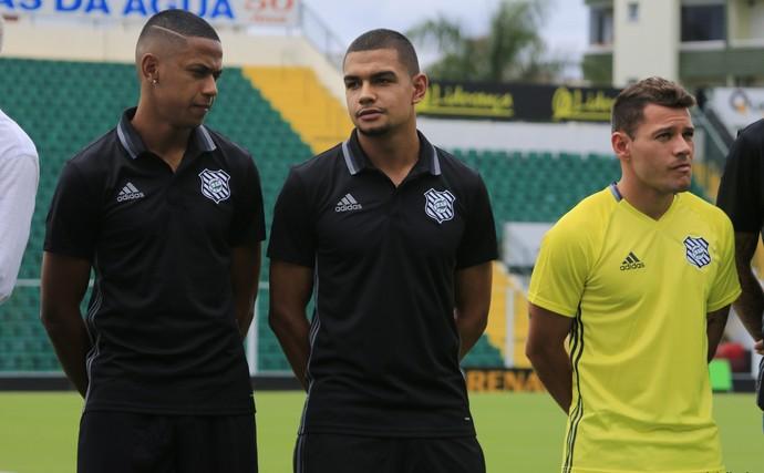 Figueirense uniforme (Foto: Luiz Henrique/Figueirense FC)