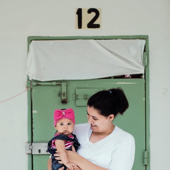 PRIMEIRA FILHA Ana Elisa,de cinco meses será entregue á avó.Deve visitar a mãe na penitenciária aos finais de semana (Foto:  Julia Rodrigues/ÉPOCA)