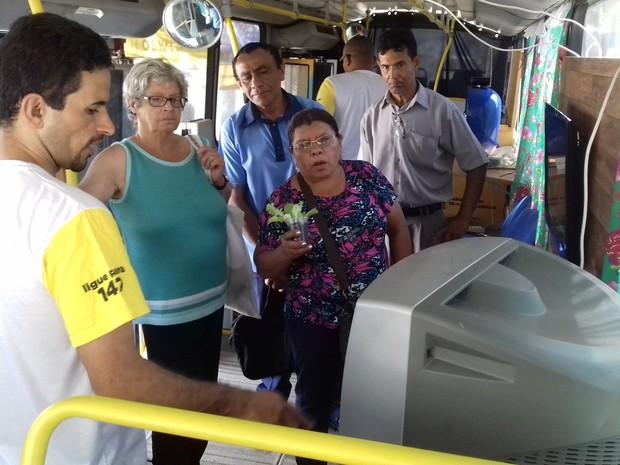 Moradores receberão informações sobre o desligamento do sinal analógico, em Aparecida de Goiânia, Goiás (Foto: Divulgação)