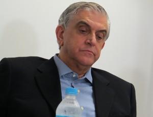 Presidente do Atlético-PR, Mario Celso Petraglia, na Arena da Baixada (Foto: Fernando Freire)