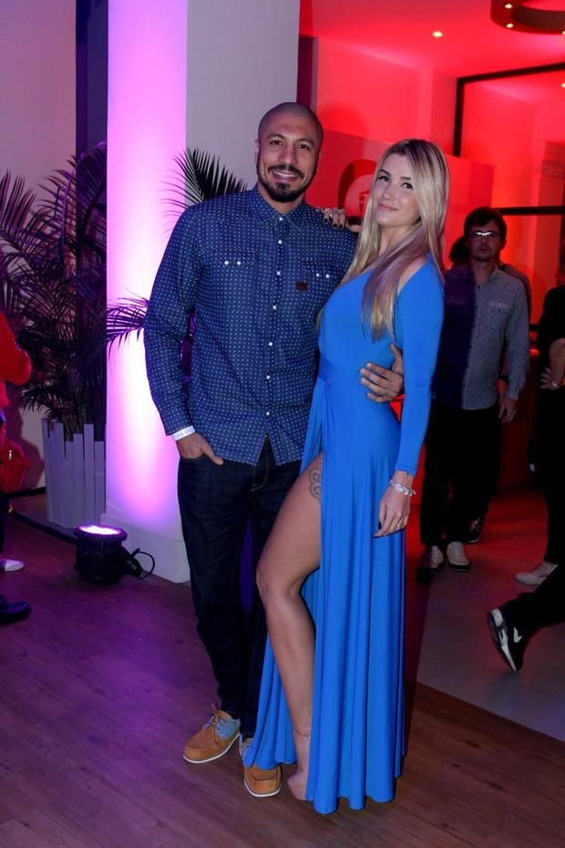 Aline e Fernando (Foto: Alex Palarea/AgNews)