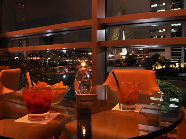 O jantar especial no Hotel Hyatt, na Zona Sul, terá um cardápio preparado pelo Chef Laurent Hervé. O casal receberá uma taça de champagne Veuve Clicquot por pessoa e depois poderá desfrutar de um menu de três tempos, com uma bela sobremesa para encerrar a (Foto: Fabiano Correia/ G1)