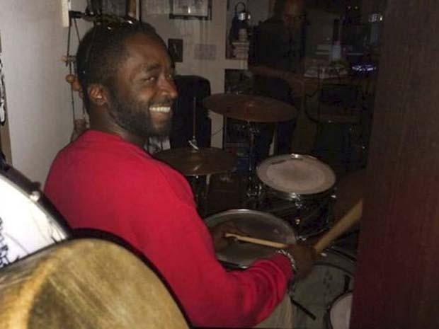 O músico Corey Jones, que foi morto por policial em estrada da Flórida, em imagem de arquivo (Foto: REUTERS/Florida State University National Black Alumni, Inc./Handout)
