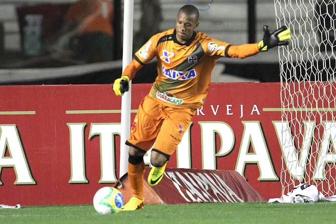 Jordi, Vasco X Luverdense (Foto: Marcelo Sadio / Vasco.com.br)