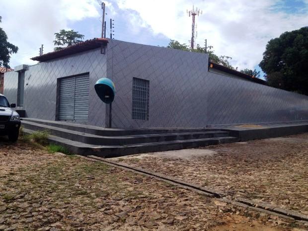 Polícia Federal prende quatro pessoas em residência na Zona Sul  (Foto: Gil Oliveira/ G1)