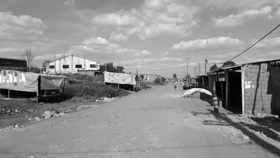 Ocupação da Vila Soma teve início há quatro anos (Foto: Fernando Pacífico / G1)