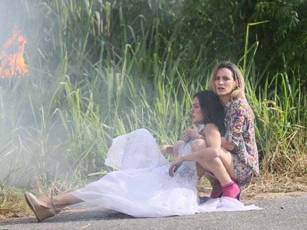 Vitória salva Sandra após um grave acidente (Foto: Isabella Pinheiro/Gshow)