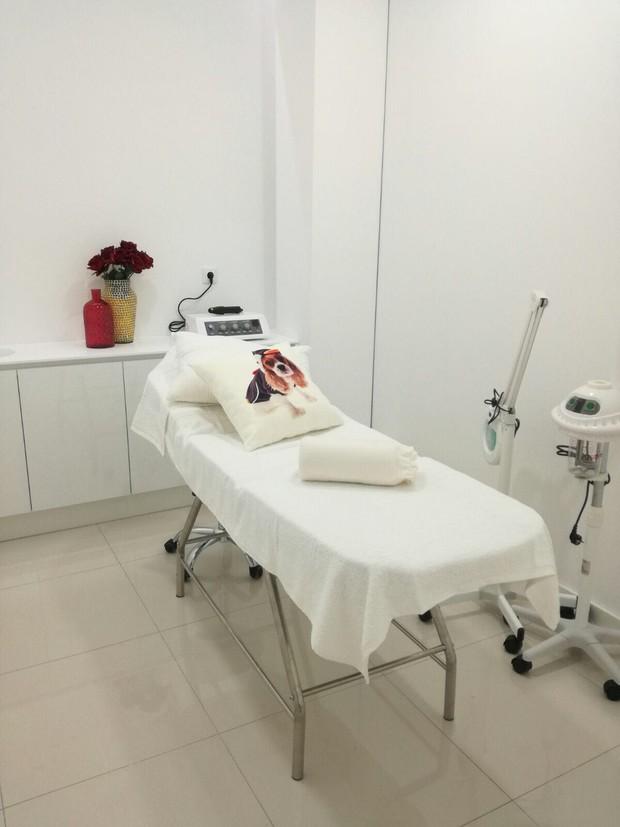 A clínica de estética de Kelly Medeiros em Portugal (Foto: Arquivo pessoal)