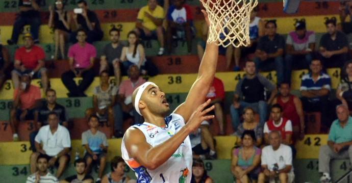 Bauru x Basquete Cearense Jefferson Willian (Foto: Henrique Costa / Bauru Basket)