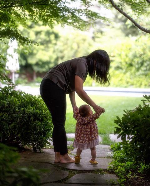 Priscilla Chan e a filha, Max (Foto: Reprodução/Instagram)