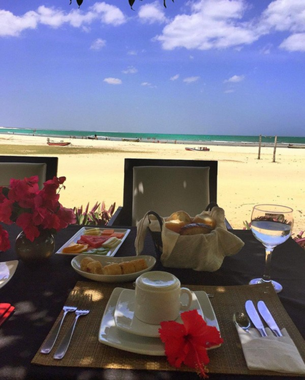 Klebber Toledo mostra o café da manhã em Jericoacora (Foto: Reprodução/Instagram)