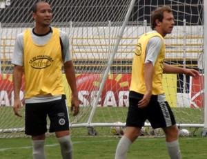 André Cunha jogará mais avançado para auxiliar Hugo no ataque (Foto: Bernardo Medeiros / Globoesporte.com)