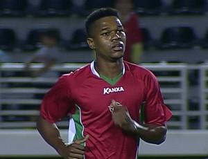 Romão, atacante do Boa Esporte (Foto: Reprodução Premiere FC)
