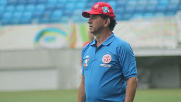 Guilherme Macuglia - técnico do América-RN (Foto: Canindé Pereira/Divulgação)