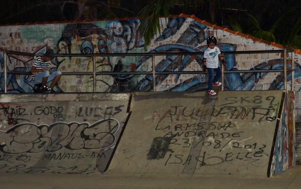Otto skatista de 6 anos Acre (Foto: Nathacha Albuquerque)
