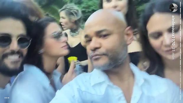 Bruna Marquezine e Alê de Souza (Foto: Instagram / Reprodução)